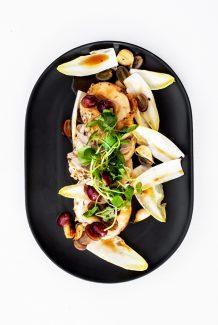 Tabel Catering Roast chicken, grapes, garlic, almond, saffron sauce